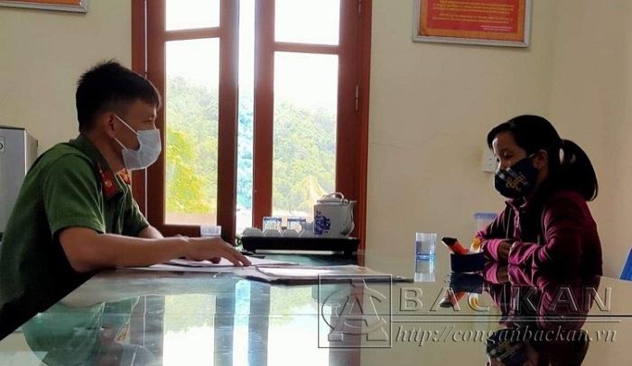 Công an huyện Ba Bể làm việc với Trần Thị H