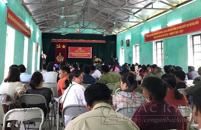 Buổi tuyên truyền thu hút nhiều người xã Kim Lư tham gia