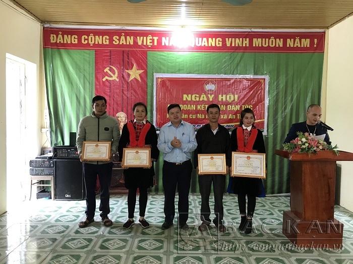 5 11 khen thuong